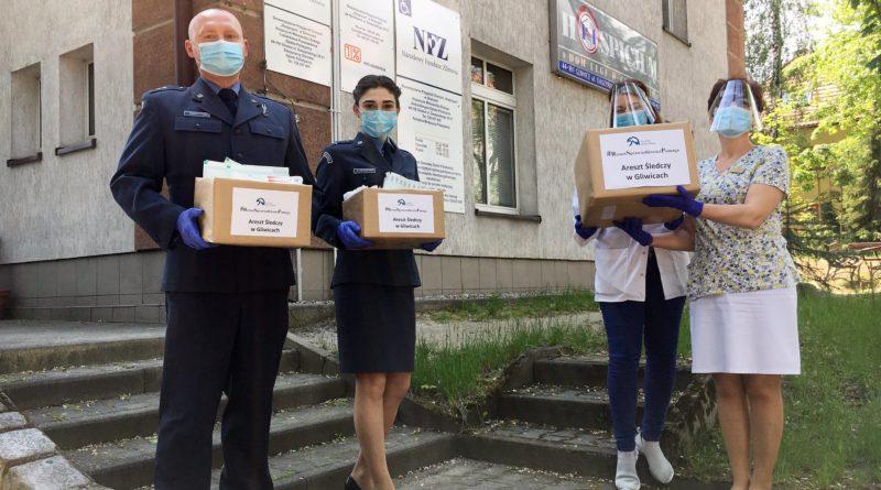 Areszt Śledczy przekazuje dary Hospicjum Miłosierdzia Bożego w Gliwicach